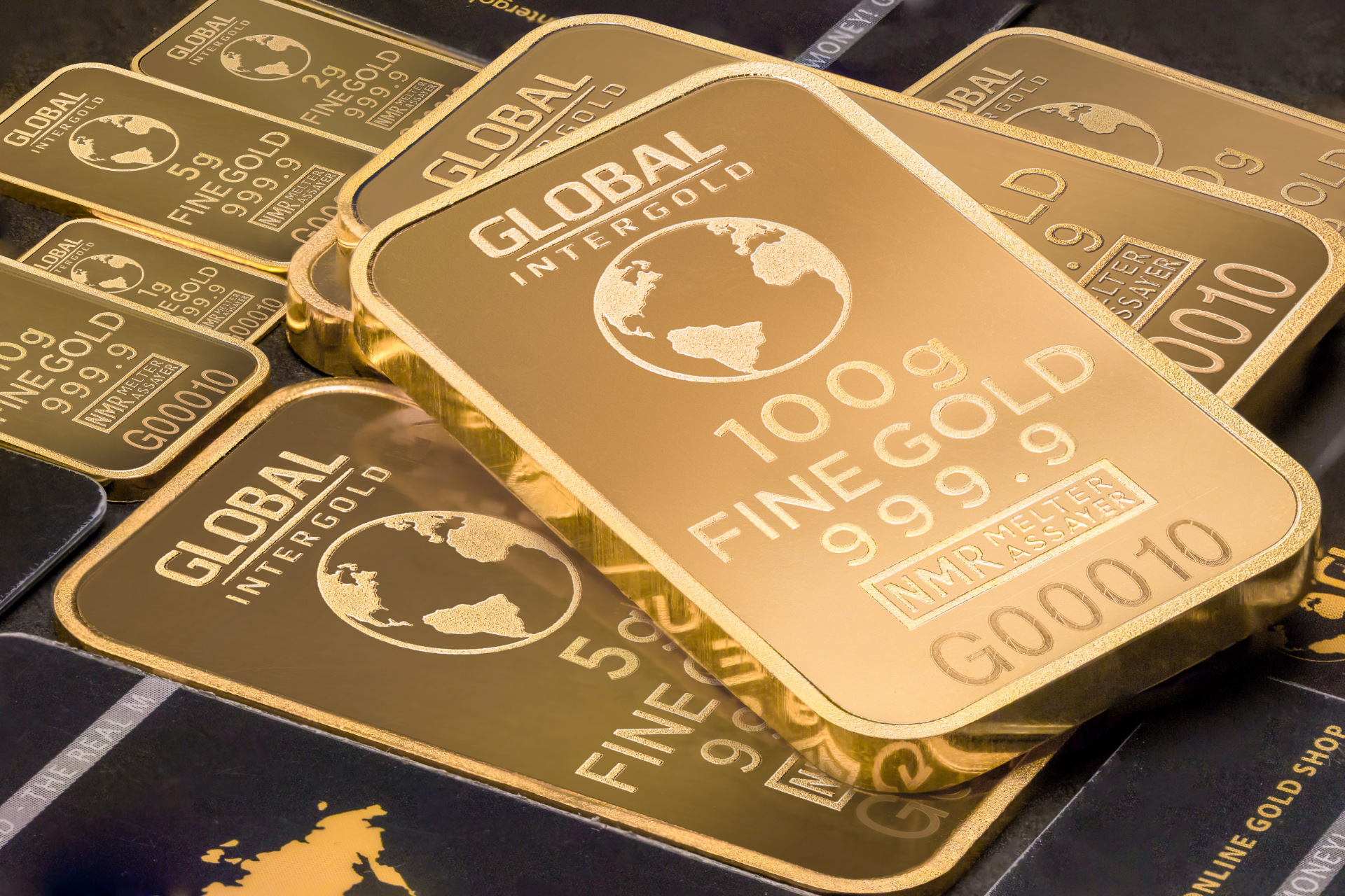 Gold to approach $2000 in 2021